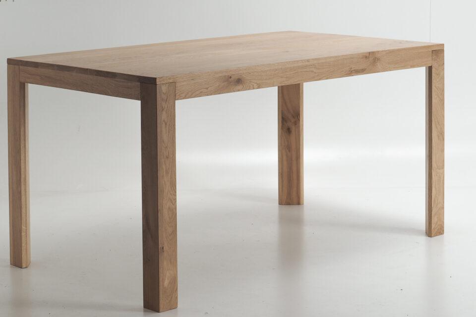 Stól drewniany