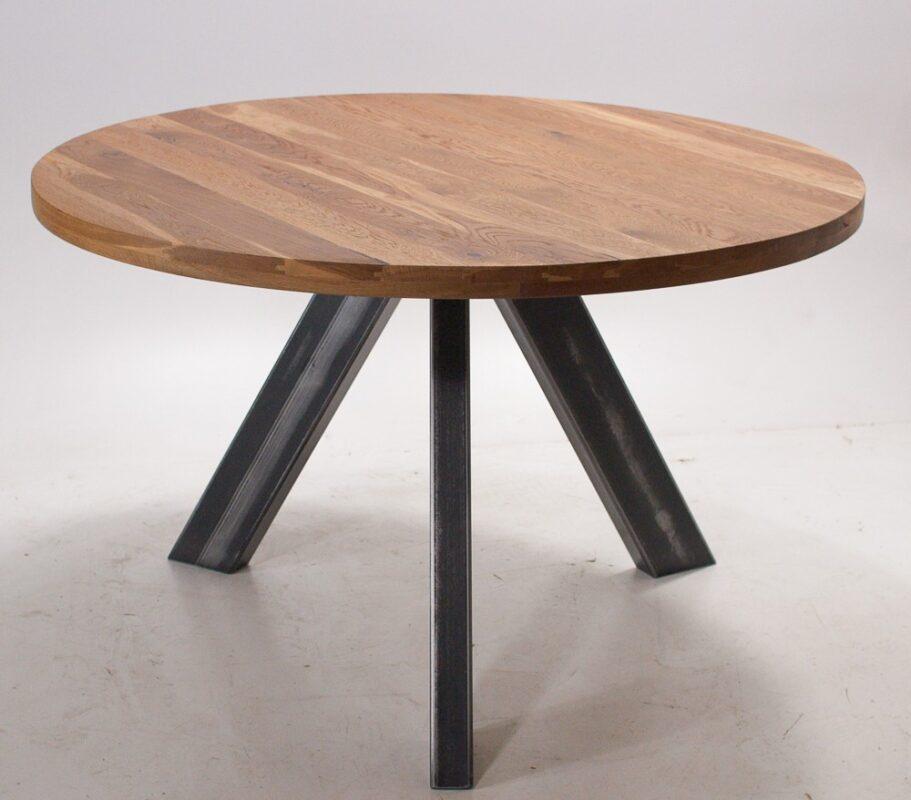 Okrągły stół industrialny z dębu