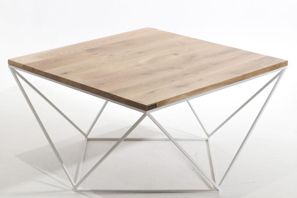 Loftowy stolik na nogach ze stalowego profilu
