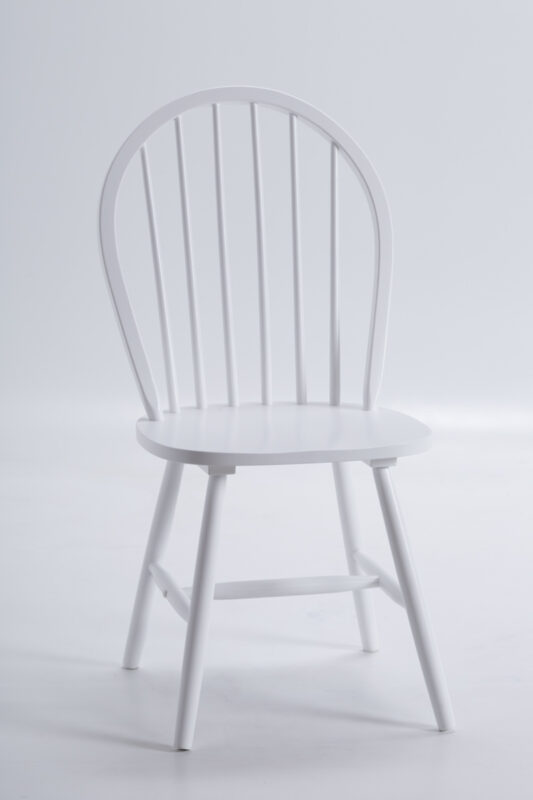 Białe krzesło fiero loftowe