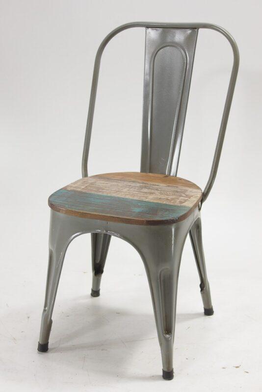Krzesło industrialne z drewnianym siedziskiem